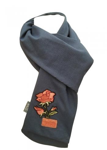Stoere jeans sjaal met rode roos applicatie Knuzz